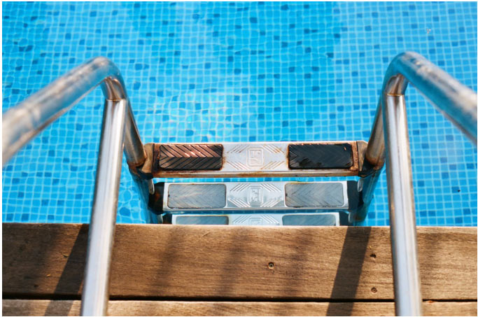 Pool Entry Ladder